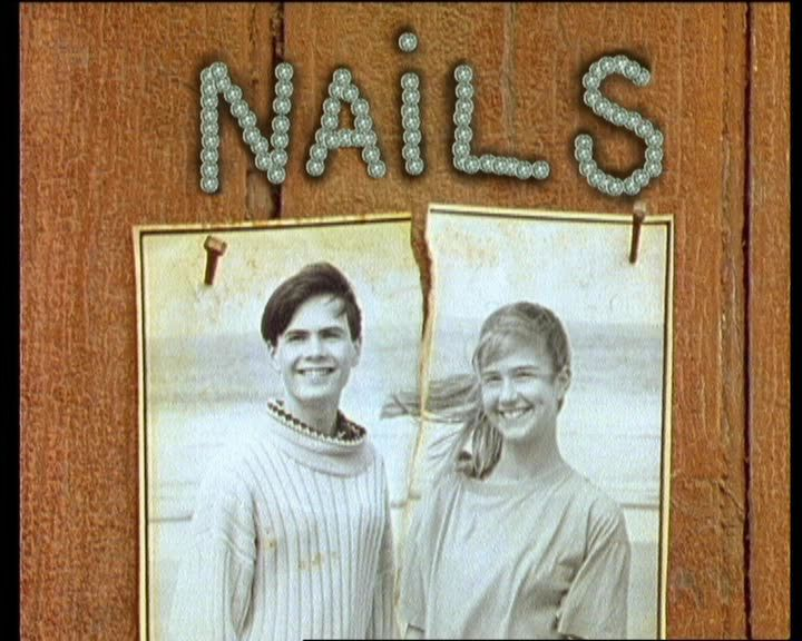 Round The Twist Nails.jpg
